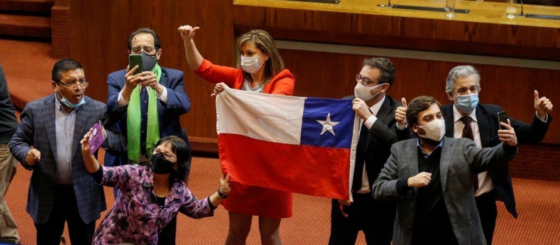 congreso-chile-aprobo-reforma-excepcional_0_53_1200_747